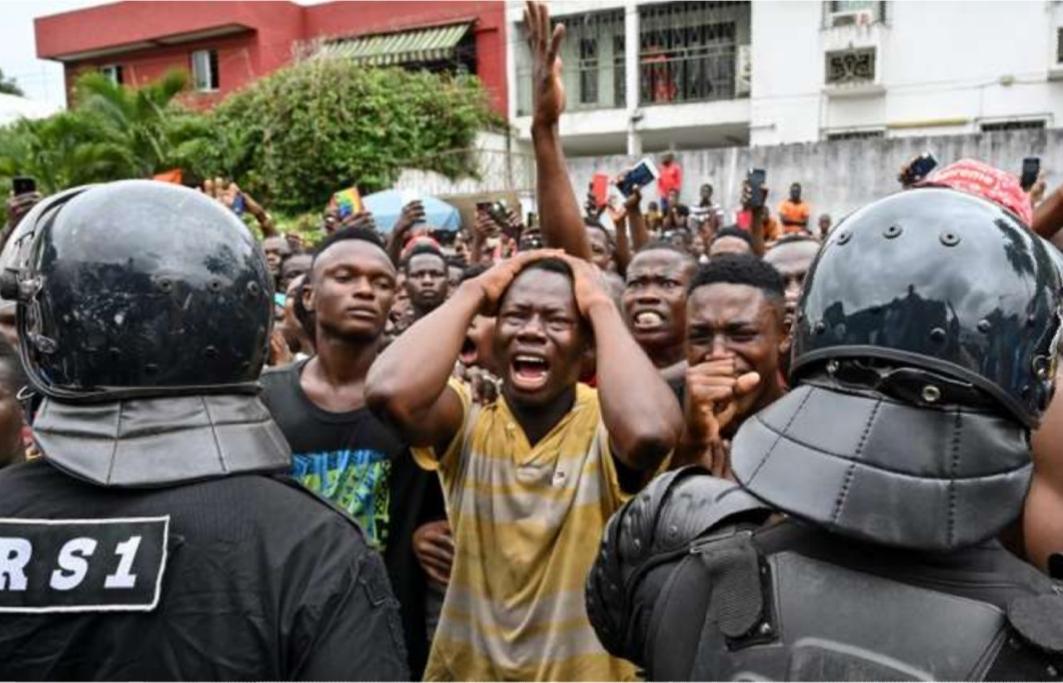La Côte d'Ivoire pleure DJ Arafat, un artiste qui a « vécu comme une étoile filante »