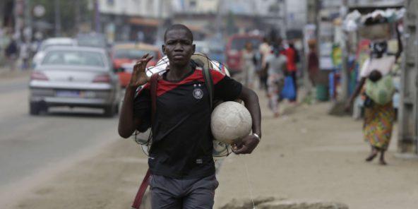 Vuvuzelas, football et poulet braisé : une journée aux Jeux de la francophonie à Abidjan