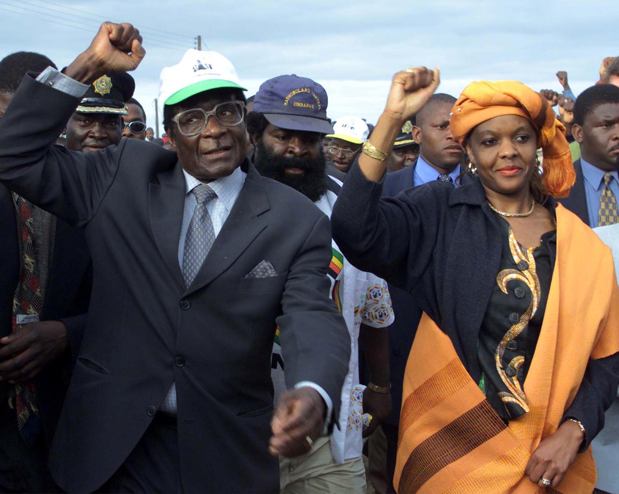 Robert Mugabe: la mort d'une «icône» de la libération qui a écrasé ses ennemis alors que le Zimbabwe s'effondrait